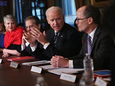 Bài học cho các nhà lãnh đạo từ cách Biden xử lý khủng hoảng Covid